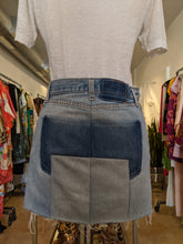 Load image into Gallery viewer, Vetements Denim Skirt Sz S