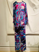 Load image into Gallery viewer, Emilio Pucci Multicolor Pant Set