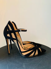 Load image into Gallery viewer, Gianvito Rossi Black suede pumps