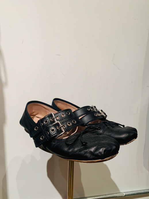 Black Miu Miu Leather Round-Toe Ballet Flats