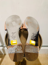 Load image into Gallery viewer, Giuseppe Zanotti Nude Patent Leather Slides 38