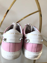 Load image into Gallery viewer, Givenchy Pink Leather Low-top Sneakers 40