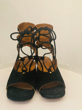 Load image into Gallery viewer, Chloé Black Suede Gladiator Sandals