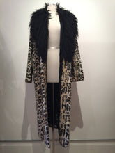 Load image into Gallery viewer, House Of Harlow x Revolve 1960 Long Coat Size M