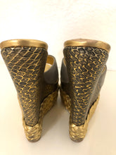 Load image into Gallery viewer, Giuseppe Zanotti Gold Braided Wedges 36