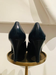 Chanel Vintage Leather Pumps sz 38