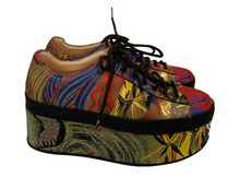 Load image into Gallery viewer, Gucci Embroidered Platform Sneakers 38