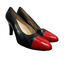 Load image into Gallery viewer, Chanel Vintage Leather Pumps sz 38
