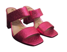 Load image into Gallery viewer, Sam Edelman Crinkle Pink Metallic Leather  Sandals Sz 6.5
