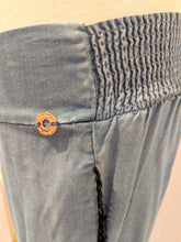 Load image into Gallery viewer, Onda De Mar Beach Pants Sz S