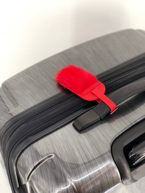 DYED RED LEATHER LUGGAGE TAG WITH MINK TRIM