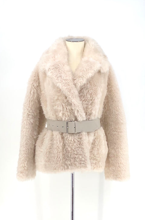 DYED BEIGE SHEARLING SHORT JACKET