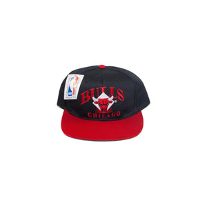 Vintage Chicago Bulls Diamond Logo Hat