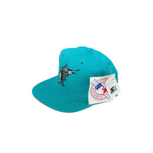 Load image into Gallery viewer, Vintages Florida Marlins Plain Logo Snapback
