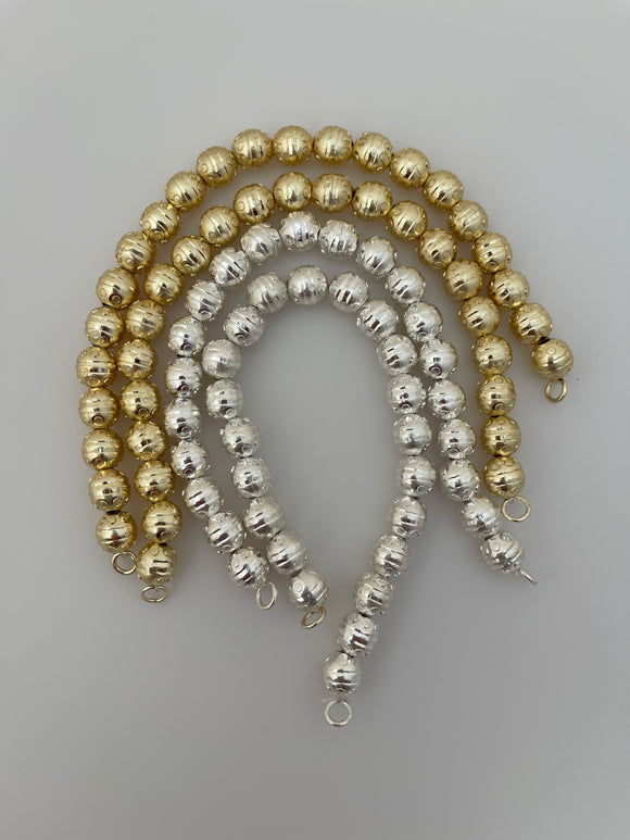 1 Strand of Brushed Finish Fancy Shiny Round Gold Finish And Silver Plated Beads , E-coated Beads. Bead Size is: 10mm NO-83
