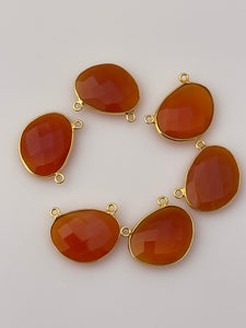 Red Onyx Bezel Pack of 6 Pieces Connector Real Gold Plated And  Sterling Silver Natural Red Onyx H oval Shape, Size :15mX20m