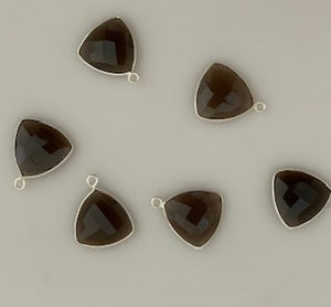 Six Piece a Pack one loop   Sterling Silver 925 Smokey Quartz  Bezel Trillion  Shape, Size : 15mm.
