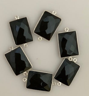 Six Piece a Pack Connector  Sterling Silver 925 Black Onyx  Rectangle Shape, Size : 15mmX20mm.