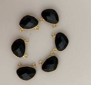 Six Piece a Pack Connector Real Gold Plated Black Onyx  H Oval Shape, Size : 10mmX15mm.