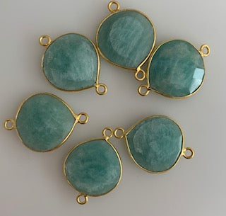A Pack of Six Piece Connector Gold Plated Amazonite Heart Shape Bezel Size:15mm.DM 423