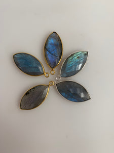 Labradorite Bezel Pack of Six Pieces One Loop Real Gold Plated And Silver Plated Labradorite Marquise  Shape,Size : 11mmX22mm.