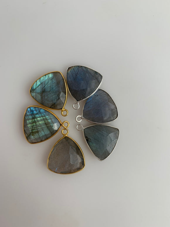 Labradorite  Bezel Six Pieces One Loop Real Gold Plated and Sterling Silver 925 Labradorite  ,Trillion Shape, Size : 15mm.