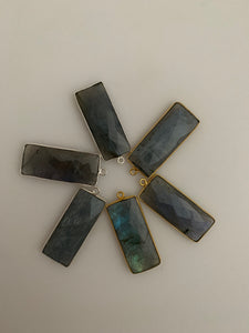 Labradorite Bezel Six Piece a Pack One Loop Real  Sterling Silver 925 Labradorite  Rectangle Shape, Size : 12mmX30mm.