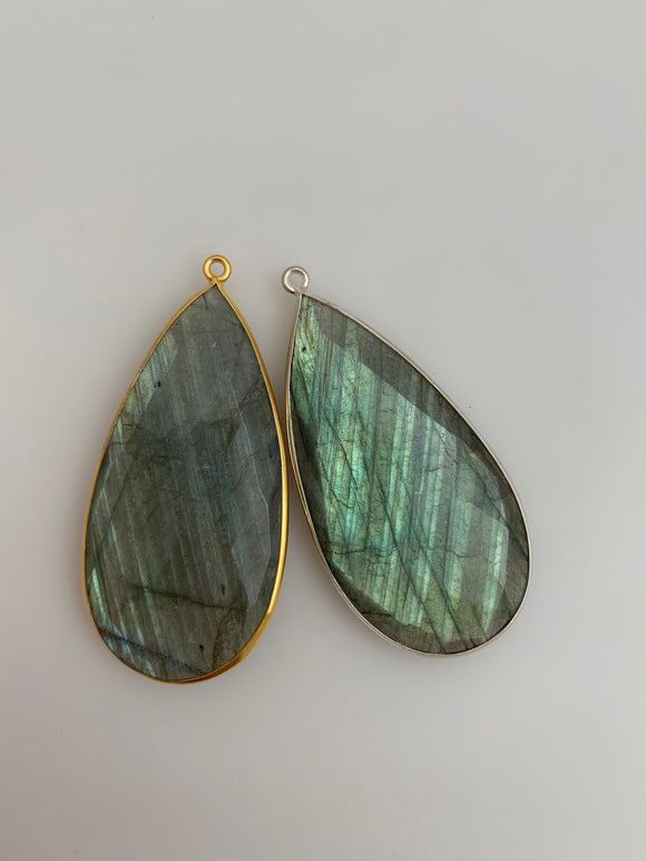 Labradorite   1  Pieces One Loop Real Gold Plated and Sterling Silver 925 Labradorite Tear Drop Shape, Size : 24mmX46mm.