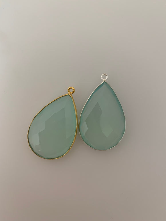 Aqua Chalcedony 1 Pieces One Loop Real Gold Plated and Sterling Silver 925 Aqua Chalcedony Pear  Shape, Size : 30mmX21mm.