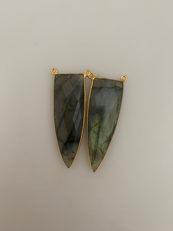Labradorite  Bezel  Pack of One piece  Connector  Real Gold Plated Labradorite Rounded  Triangle  Shape, Size : 46mmX16mm.H-14