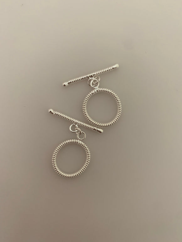 2 Pcs of Sterling Silver toggle /Clasps  Size:18mm T-1 SS
