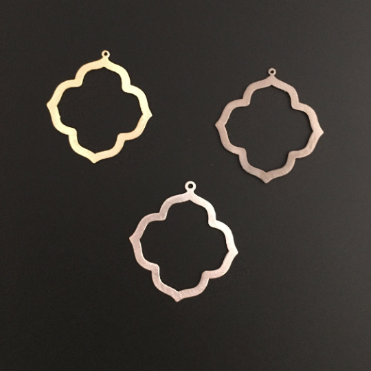 Quatrefoil, Clover Shaped (Gold Plated/Silver Plated/Gunmetal Plated) | Purity Beads