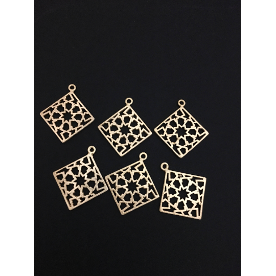 Square Shaped Pendant With design (Gold Finished/Silver Plated) | Purity Beads