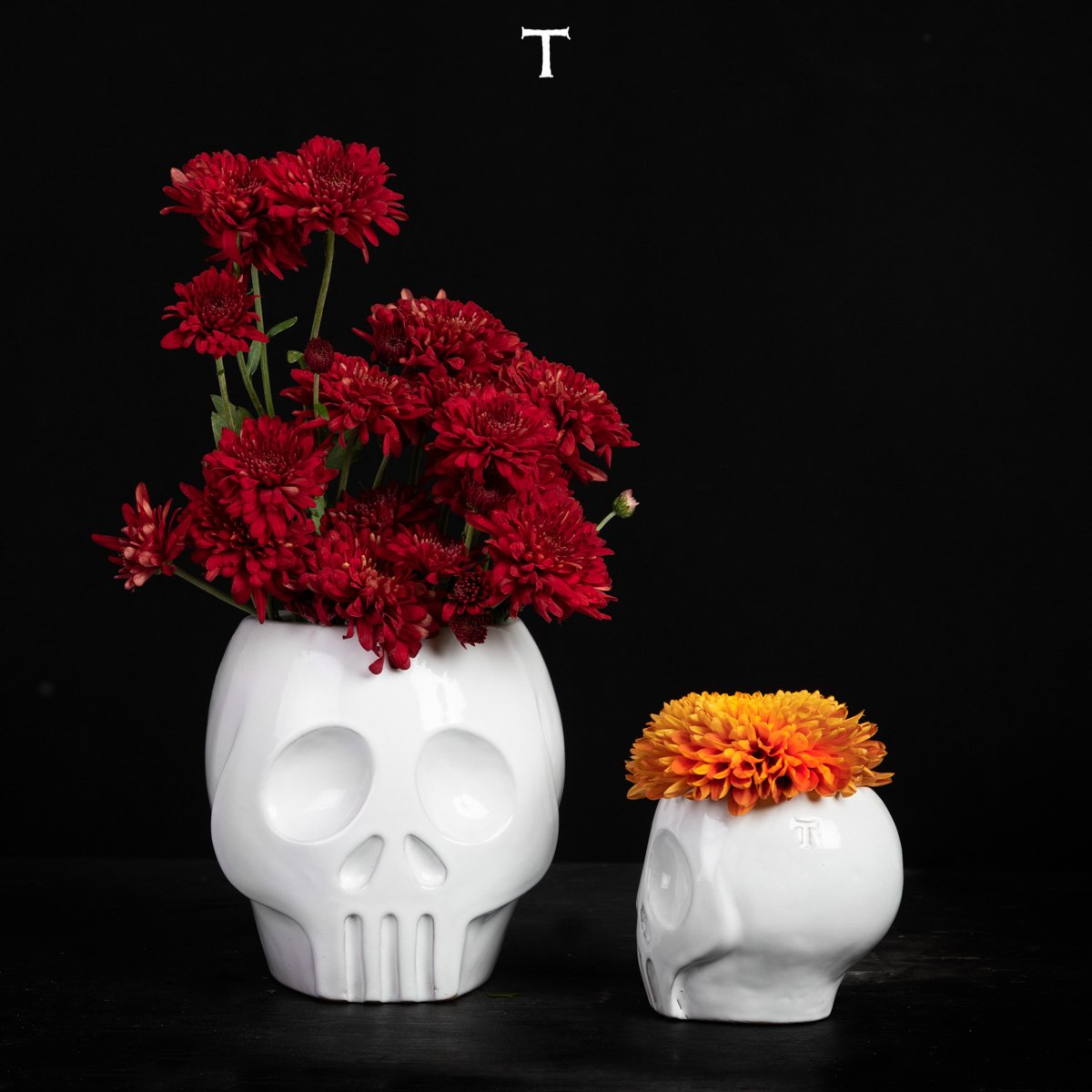 SET OF 2 SKULL FLOWER BASES; Crystal White