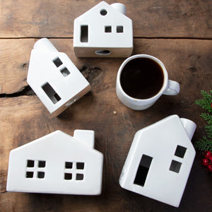 SET OF 4 CHRISTMAS HOUSES;