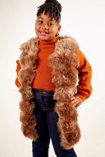 Load image into Gallery viewer, Layla Faux Fur Gilet