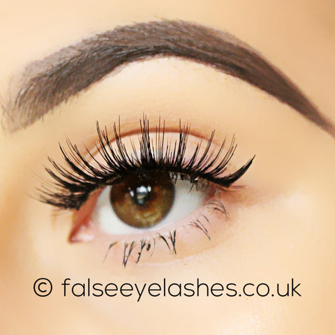 Ardell Double Up Lashes 207 - Side Shot