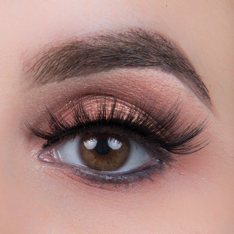 Ardell 3D Faux Mink Lashes Black 852 (Model Shot)