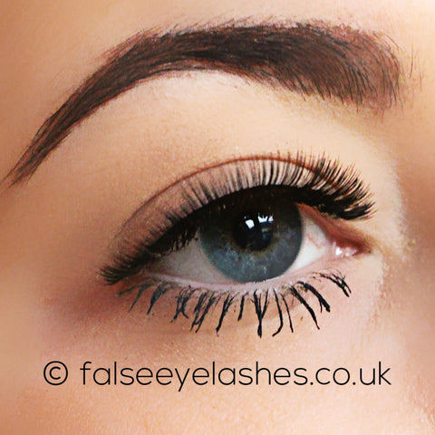 Ardell Flawless Lashes 800 - Side Shot