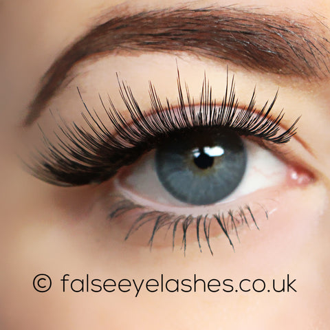 Ardell Flawless Lashes 804 (Model Shot 1)