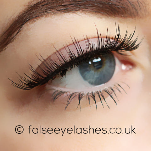 Ardell Flawless Lashes 804 (Model Shot 2)