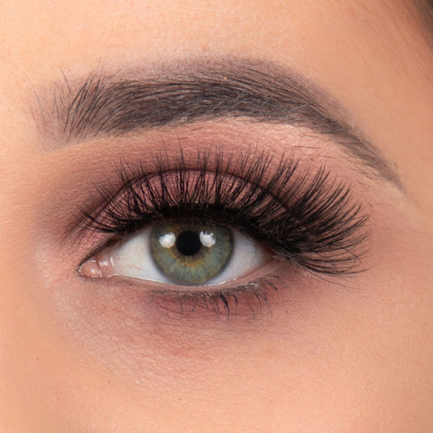 Doll Beauty Lashes - Arabella (Model Shot)