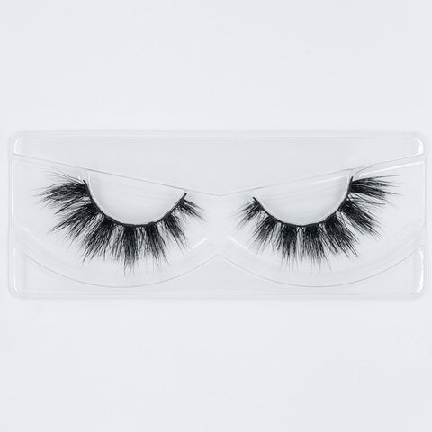 Doll Beauty Lashes - Chloe Elizabeth (Tray Shot)