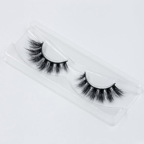Doll Beauty Lashes - Chloe Elizabeth (Angled Tray Shot 1)