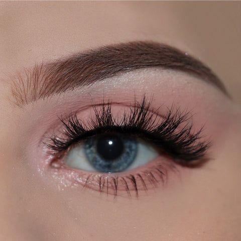 Doll Beauty Lashes - Chloe Elizabeth (Model Shot)