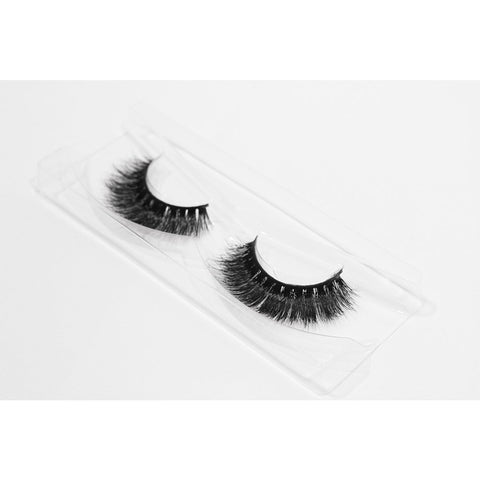 Doll Beauty Lashes - Katie (Angled Tray Shot 1)