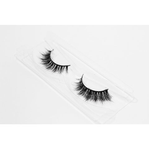 Doll Beauty Lashes - Olivia (Angled Tray Shot 1)