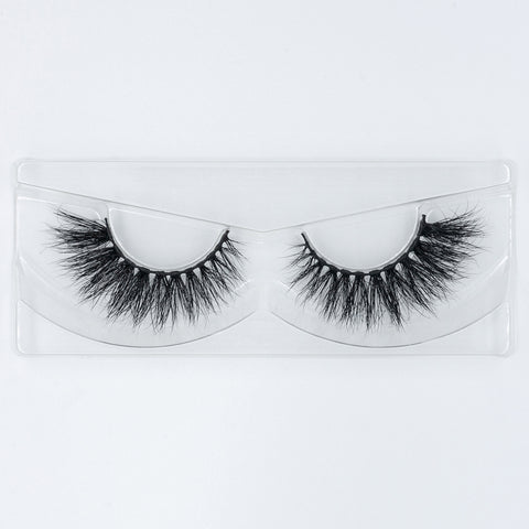Doll Beauty Lashes - Samantha (Angled Tray Shot 1)