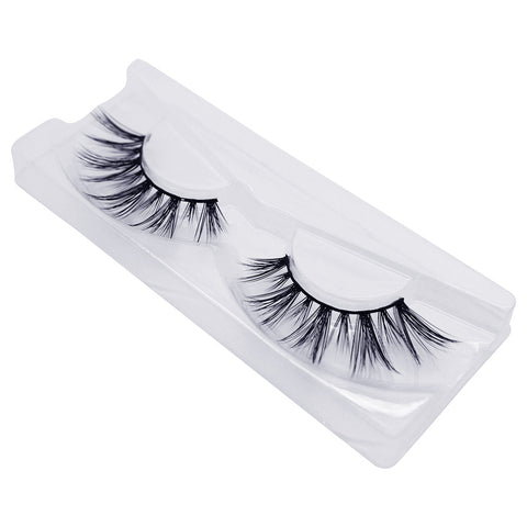 Doll Beauty Lashes - Sandy (Angled Tray Shot 1)