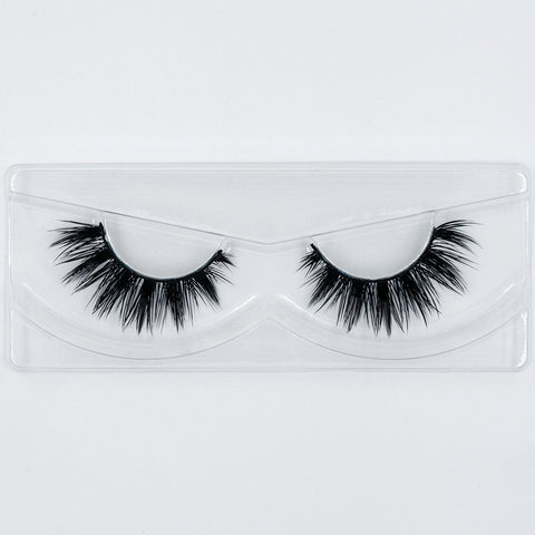 Doll Beauty Lashes - Taylor (Angled Tray Shot 1)